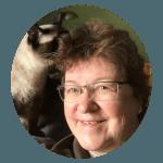 online-Katzentierärztin-Heidi Kübler mit Katze